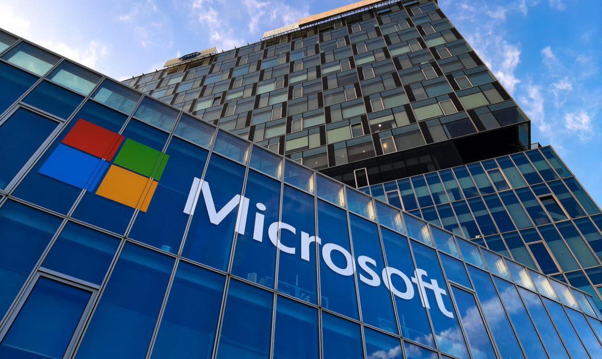 مایکروسافت از مشکلات دورکاری در دوران همهگیری کرونا سخن میگوید
