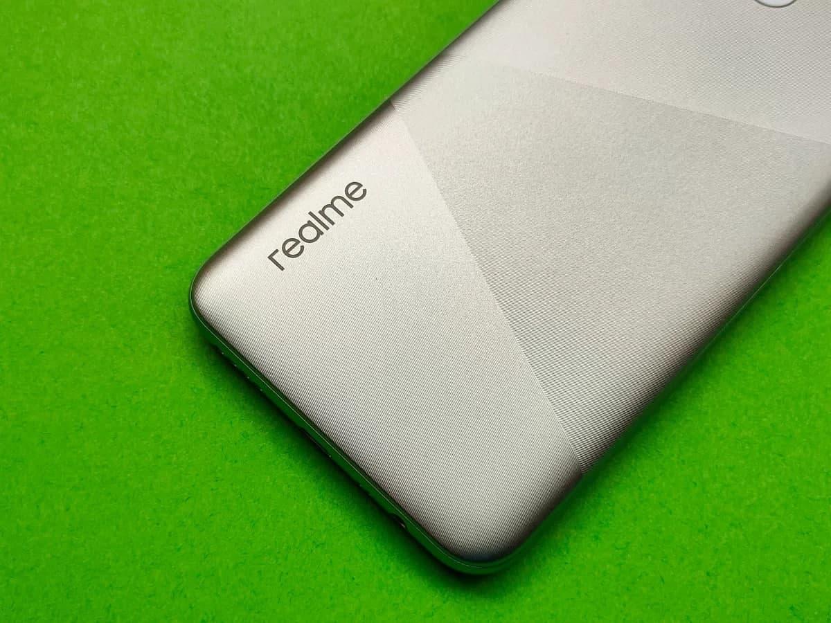 گوشی مرموز ریلمی تاییدیه FCC دریافت کرد
